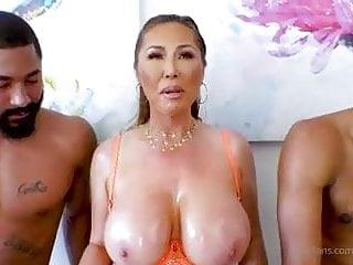 Dior porn kianna Kianna Dior's