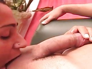 Tgirl with sexy ass gets barebacked