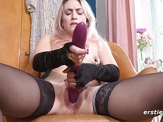 Ravishing Rachel Loves Nipple Clamps Throughout Masturbation