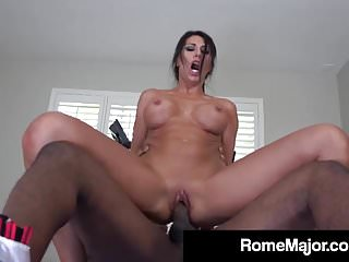 Makayla Cox Uses Mouth & Vagina Muscles On Rome Major's Bbc