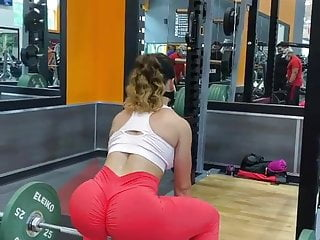 Red leggings gym ass 1