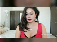 Indian Anna – Beautiful Fingering and Webcam Sex