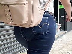 Big Ass Walking . Latina Blue Jeans