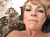 Brunette mom makes herself cum