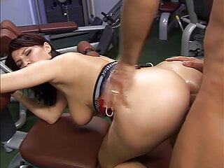 Workout sex with Lea Magic, upscaled to 4K