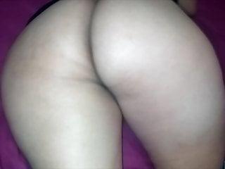 Ass stepmom is not using panties under her...