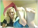 webcam girls feet
