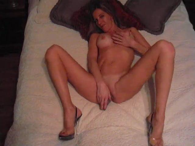 Solo Amateur Girl Orgasm