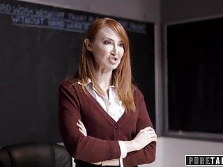 Lesbická trojka s perverznou učiteľkou