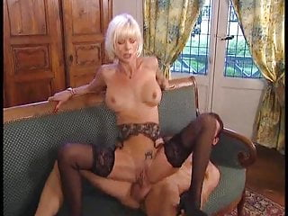 Group Sex Stockings Blowjob video: Two matures in Foursome