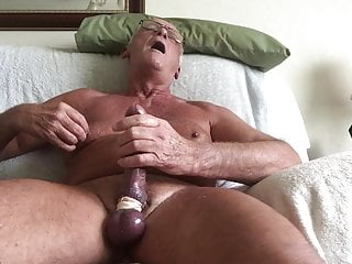 Laabanthony daddy shoot a massive load