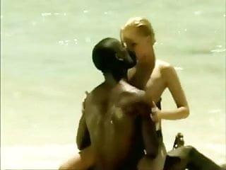 Les Tropiques de l'Amour -  Le Dorlis (Monica Sweet)