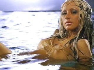 Christina aguilera nude...