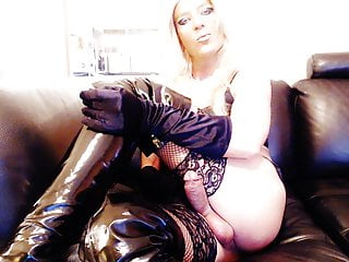 Latex smoking ts melissa glamour perfect cumshot...