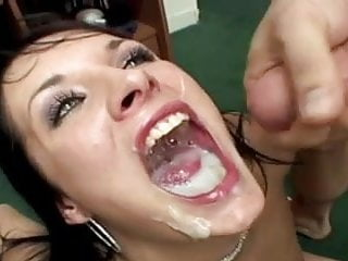Alektra swallows 11 loads