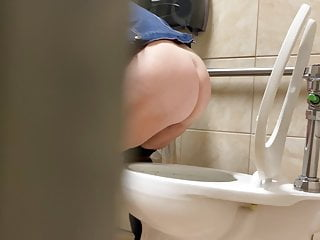 Toilet voyeur gold ass squatting over toilet