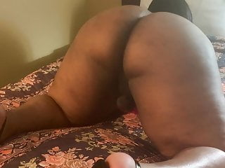 Thickums Twerking Fat Ass With Toy