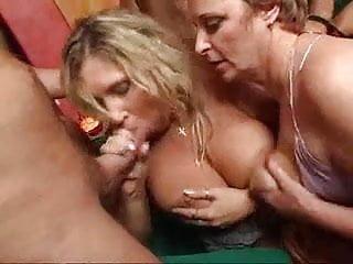 Heisse Orgie Mit Versauten Muttis (2010) - GERMAN