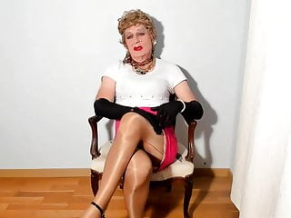 Amateur Shemale Latin Shemale Big Tits Shemale video: SEXYPUTA IN SEAMED NYLON STOCKINGS