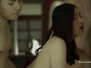 兒子Yong Pal裸體迷人的管家的秘密之觸