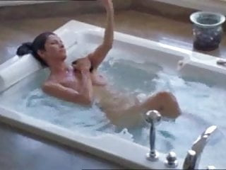 Hollywood Sex Fantasy - Catalina In The Tub