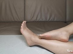 Thin nylons and sexy feet