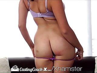 CastingCouch X ragazze russe fanno sesso anale per aprire la sua carriera