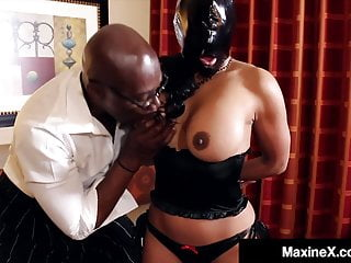 Gets bbc face amp pussy fucked damn...