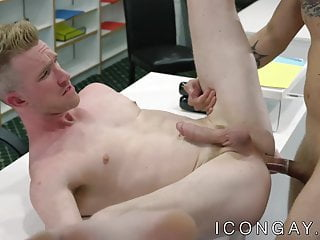 Anal fucking and kissing in the office with...