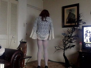 wanton tranny in white tights