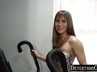 Detentiongirls sneaking her boyfriend in for a quickie...