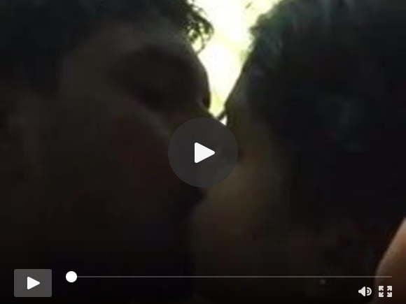 दक्षिण भारतीय महिला चुंबन और blowjob मुर्गा बीएफ
