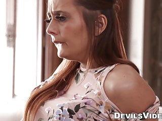Žena sa pridá k manželovi a jeho milenke