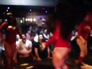 Brazilian thick dancing beauty 039 prt 2...