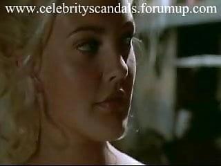 Ingyen pornó filmek. Menü. A szexi tinilány megcsalja a pasiját egy idegennel.