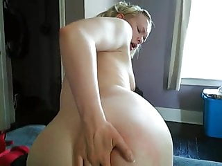 White Wife Twerking and Asshole Play