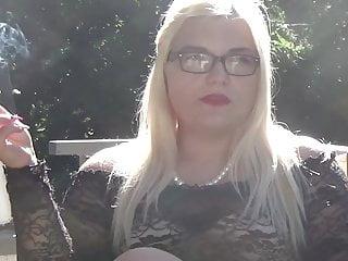 mariella smoking in pleaser mega heelsPorn Videos