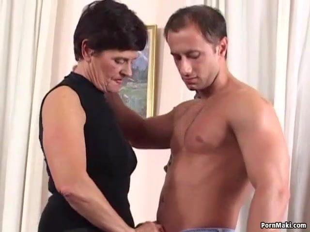 Tabu videó! Anya fia pornó videó ingyen szex videó