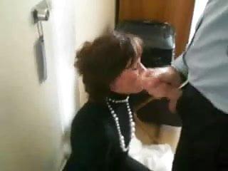 Swallowing Sperm