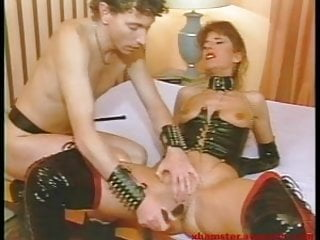 Master plays also with domina