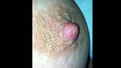 Amateur flashing nude ass