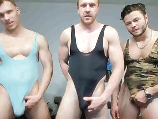 Str8 Muscle guys show cams