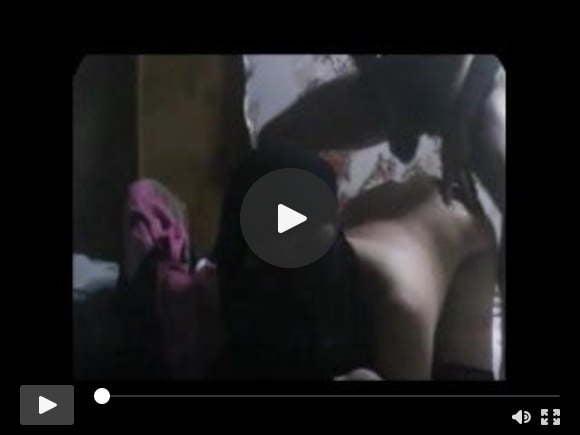 थोड़ा पुराना वीडियो लेकिन मेरी पीठ पर गर्म पति