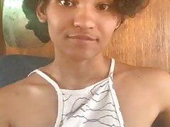 Webcam tiener (niet naakt)