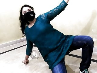 Ik Wari Ty Lag Seeny Naal Hot Mujra Dance Pakistani