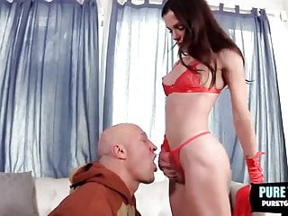 In red fucked...
