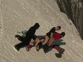 напоминало страха альпинисты трахаются по своему они занимались финансовыми