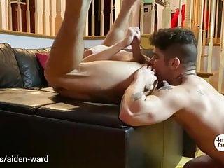 Noisy bIg dick twink breeds hot sloppy bottom hole