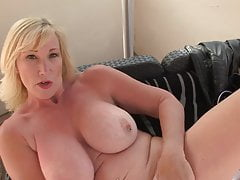 mature sex bomb with amazing bodyfree full porn