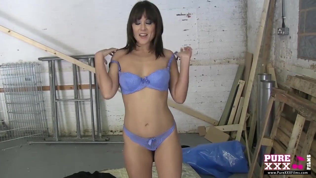 Cute Brunette Charlie Laine Shows Her Incredible Hot Body M22